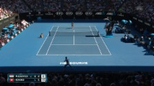Link öffnet eine Lightbox. Video Kein Durchkommen: Federer als Entfesselungskünstler abspielen