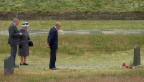 Video «Queen Elisabeth II gedenkt Holocoust-Opfern» abspielen