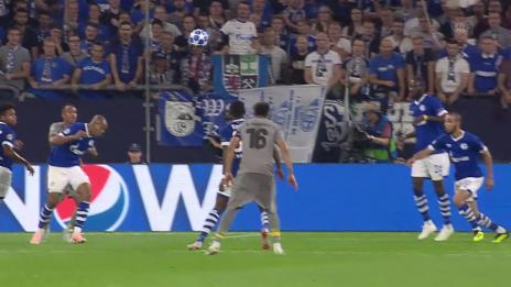 Link öffnet eine Lightbox. Video Schalke muss sich gegen Porto mit einem Remis begnügen abspielen