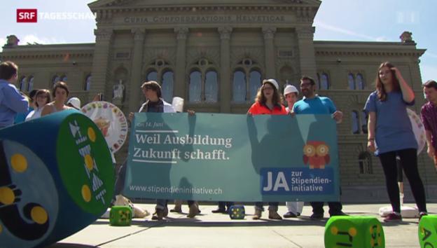 Video «Die Initianten starten den Abstimmungskampf zur Stipendieninitiative» abspielen