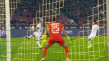 Link öffnet eine Lightbox. Video Penalty 2: Assalé gegen Rüegg abspielen