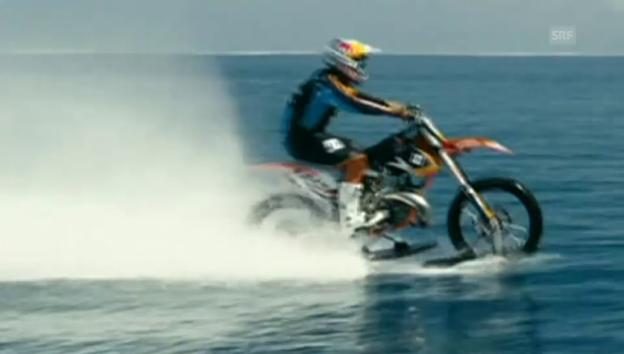 Video «Wilde Fahrt übers Wasser (unkommentiert)» abspielen