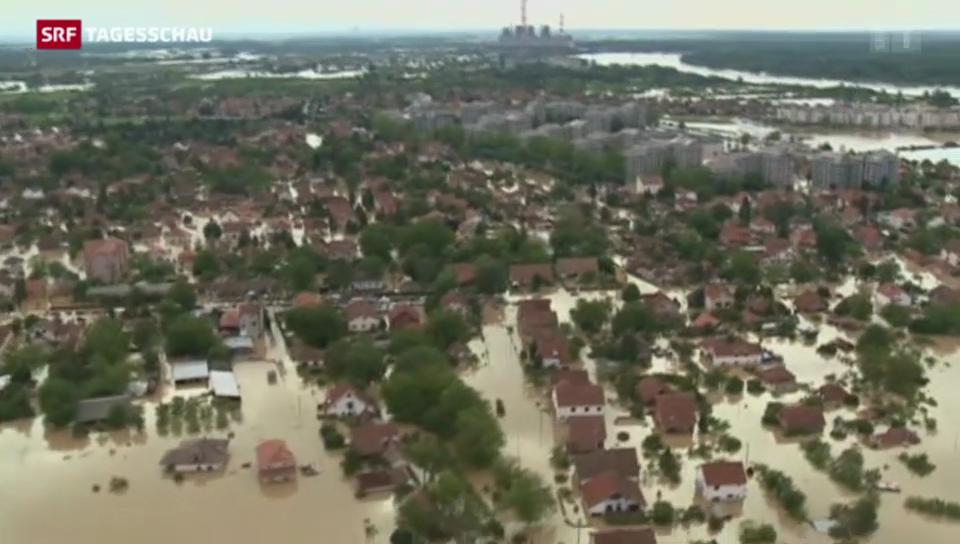Evakuierungen nach Hochwasser auf dem Balkan