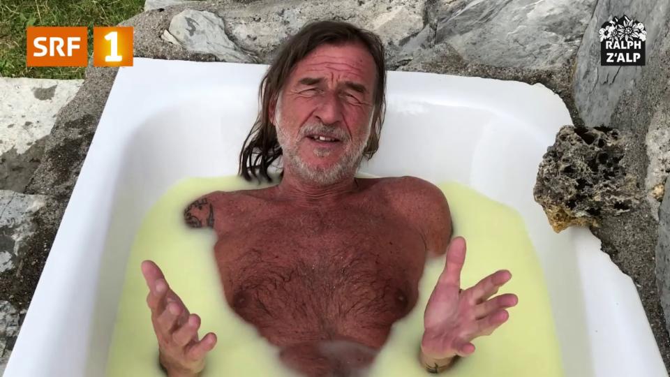 Ralph Wicki lernt Käsen – und nimmt ein Molkebad