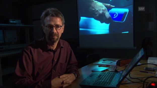 Video «Dominik Gruntz über die Sicherheit beim Zahlen mit Handy» abspielen