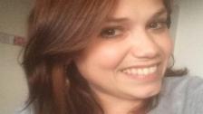 Link öffnet eine Lightbox. Video Kathrin (27) erlebte mehr Operationen als Geburtstage abspielen