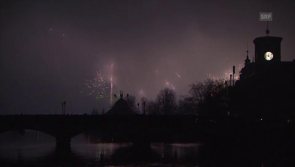 Vom Nebel verschluckt: Silvesterzauber in Zürich