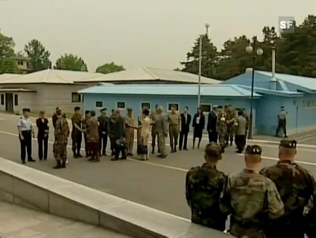 Calmy-Rey überschreitet die Grenze Nord-Süd-Korea