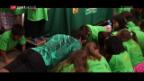 Video «Federer: Zuerst Liegestütze, dann Auftaktsieg» abspielen