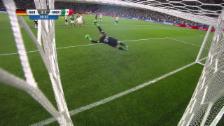 Video «Fabian trifft aus 30 Metern» abspielen