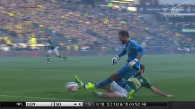 Video «Fussball: MLS, Playoff-Final, Portland - Columbus, Tor Valeri» abspielen