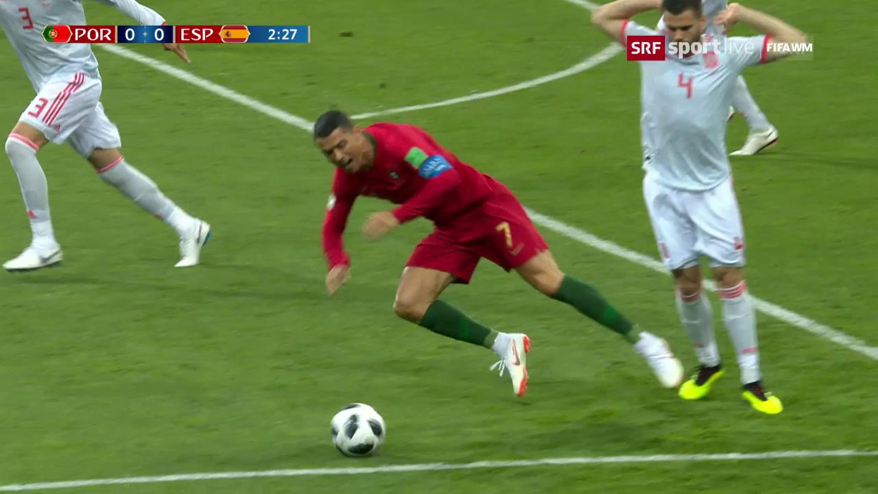 Ronaldo fällt im Strafraum