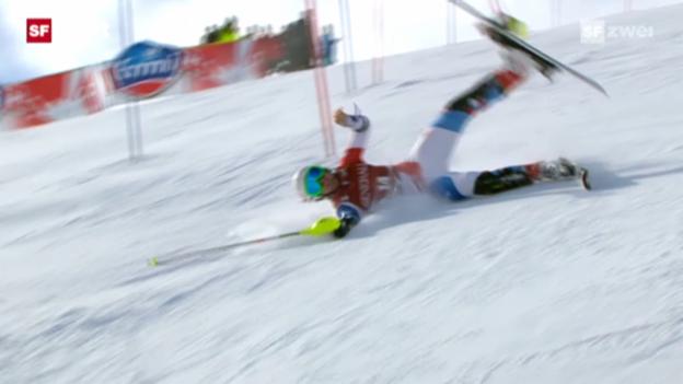 Video «Januar 2012: Suter stürzt und verletzt sich am Knie (Archiv)» abspielen
