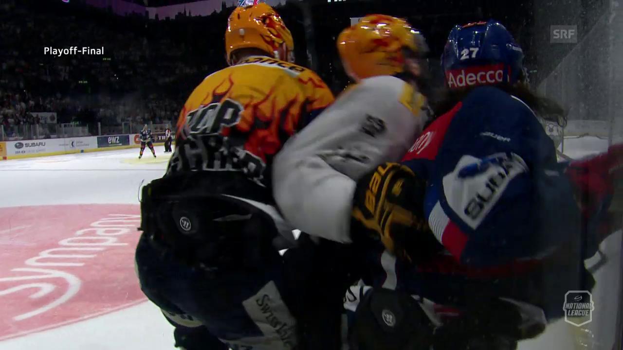 Petterssons Check von hinten gegen Lapierre