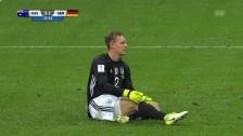 Video «Rabenschwarzer Tag: Goalie Leno greift zweimal daneben» abspielen