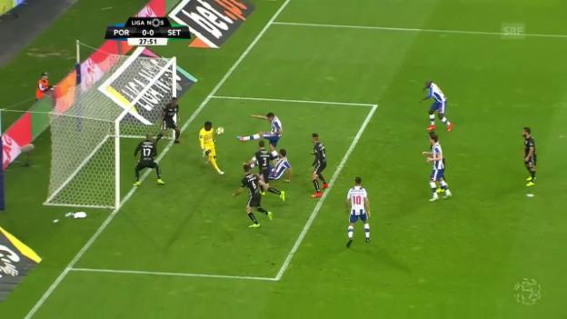 Video «Trotz Traumtor: Porto nur remis gegen Setubal» abspielen
