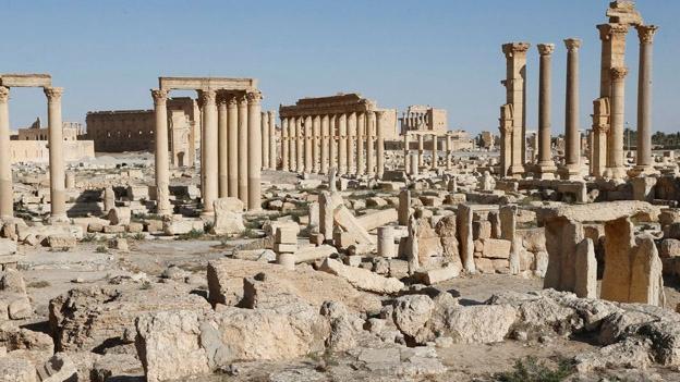 IS-Kämpfer zerstörten in Palmyra weitere Bauwerke der Antike