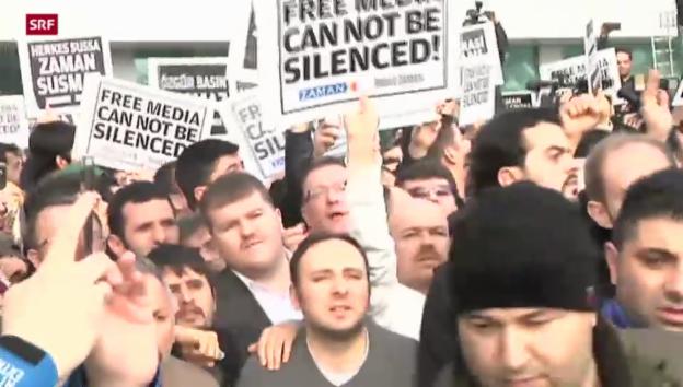 Video «Erdogan mit Polizeieinsätzen gegen seine Kritiker» abspielen