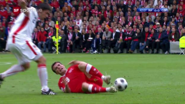 Video «Rückblick EM 2008: Alex Frei verletzt sich» abspielen