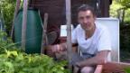 Video «Gian Simmen: Der Ex-Snowboard-Profi zeigt seinen Biogarten» abspielen