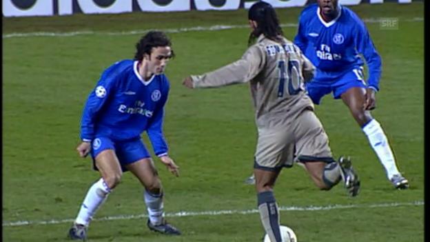 Video «2005: Ronaldinhos Zaubertor im CL-Achtelfinal gegen Chelsea» abspielen