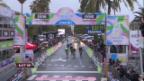 Video «Rad: Die Schlussphase von Mailand-Sanremo («sportlive»)» abspielen