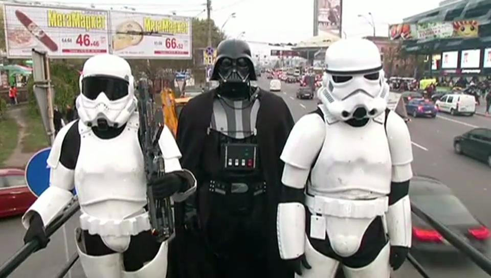 Darth Vader auf Wahlkampftour in Kiew