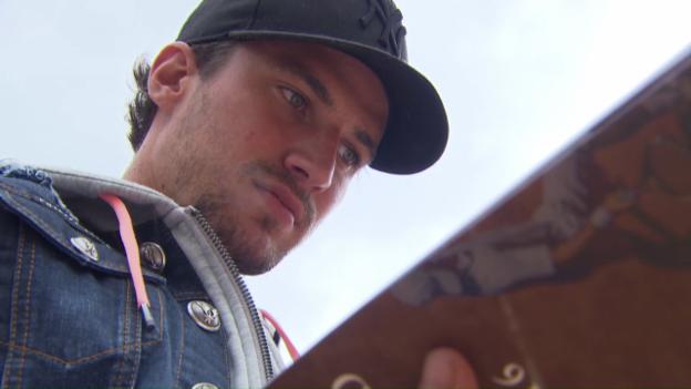 Video «Prominenter Besuch: NHL-Star Roman Josi in Gstaad» abspielen