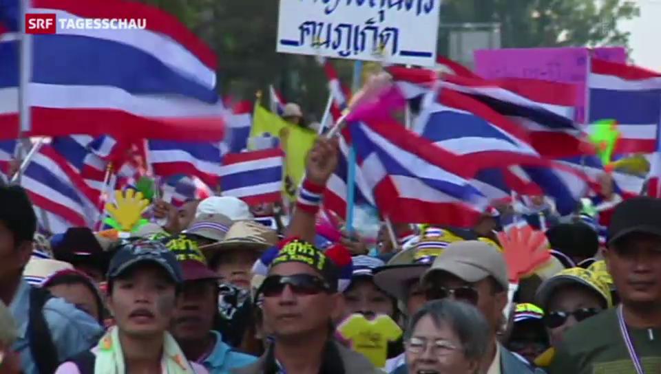 Zehntausende fordern Rücktritt von Thailands Regierung