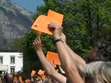 Video «Landsgemeinde in Glarus» abspielen
