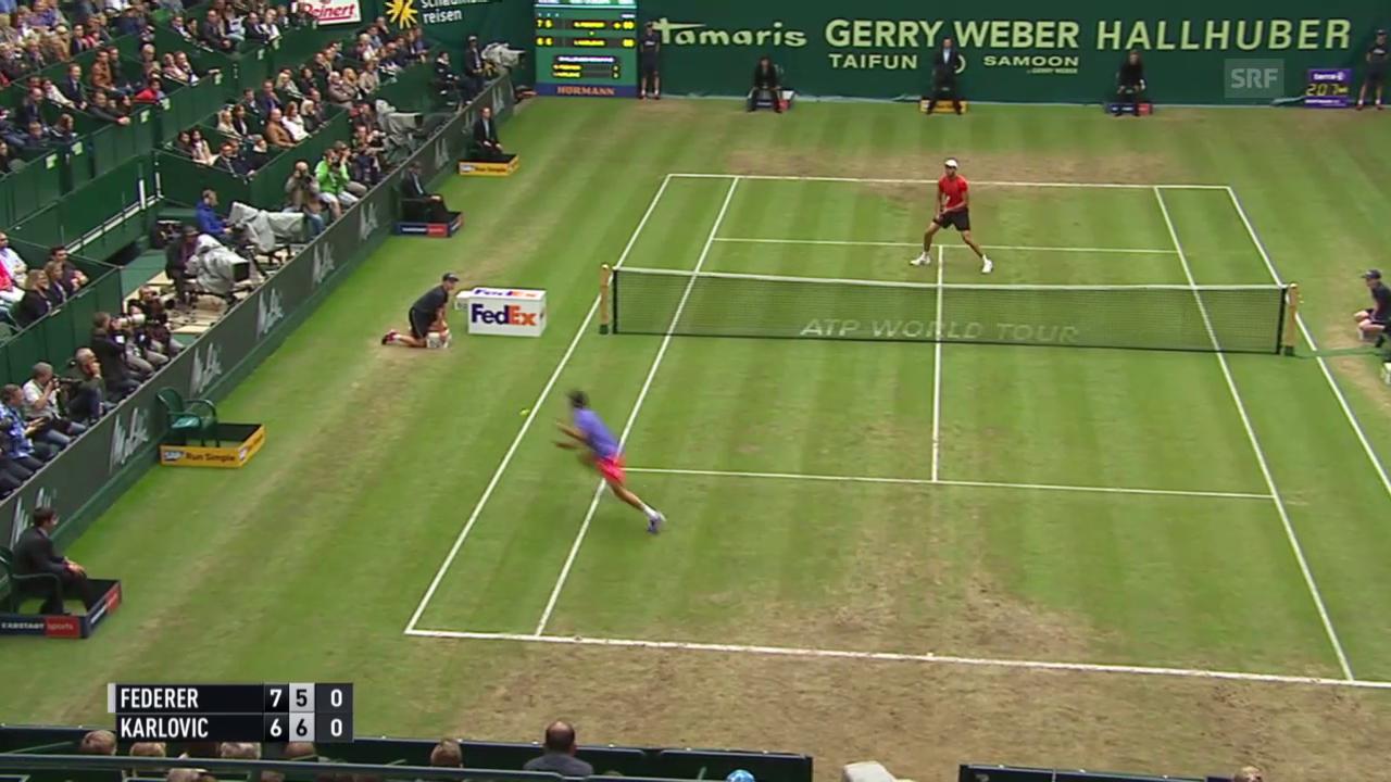 Tennis: ATP 500 Halle, Halbfinal Federer - Karlovic, Federer erläuft sich Punkt