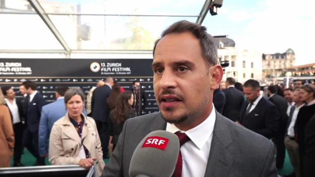 Video «Wenn Moritz Bleibtreu einen Kurs für Schweizer-Hochdeutsch gibt» abspielen
