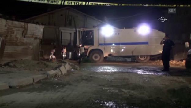 Video «_Türkische Polizei sichert einen Tatort (unkomm.)» abspielen