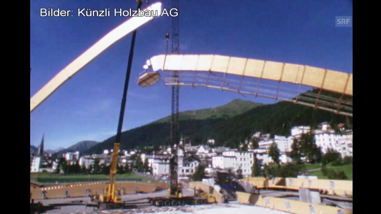 Paul Berri über das Stadiondach in Davos