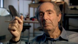 Video «Philip Roth: Filmporträt in Gedenken an den Jahrhundertautor» abspielen