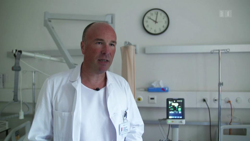 Geriater Andreas Schönenberger: «Nach dem Aufstehen haben gebrechliche Menschen häufig einen Blutdruckabfall.»