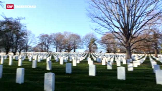Video «Schweizer auf amerikanischem Nationalfriedhof beigesetzt» abspielen