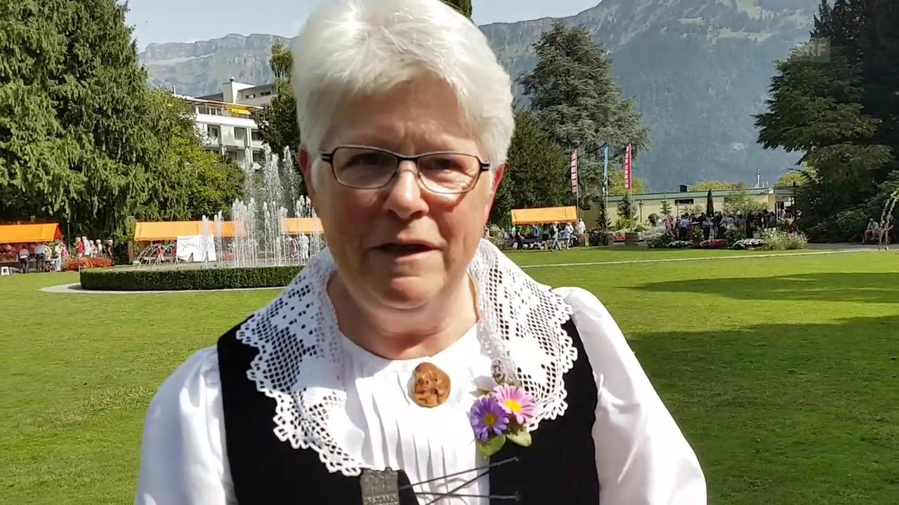 Susanne Siegrist und ihre Spiezer Tracht