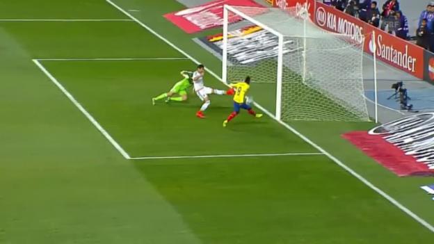 Video «Fussball: Copa America, Gruppe A, die Tore bei Ecuador - Mexiko» abspielen