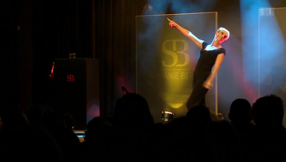 Seelen-Striptease auf der Comedy-Bühne: Stéphanie Berger