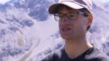 Link öffnet eine Lightbox. Video Lucas Pitsch: «Man weiss nicht, wie die Vögel reagieren.» abspielen