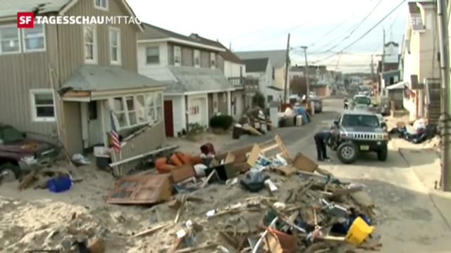 """Selbsthilfe nach Zerstörung durch Wirbelsturm """"Sandy"""""""