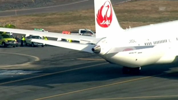 Video ««Dreamliner» verliert Treibstoff auf dem Flughafen Boston» abspielen