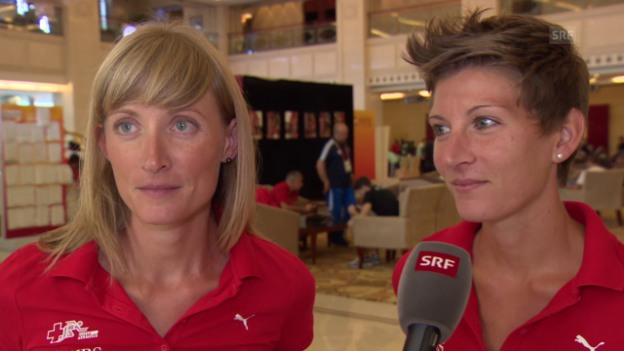 Video «Leichtathletik: WM in Peking, Interview Marie und Laura Polli» abspielen
