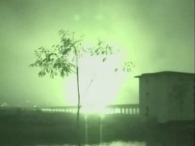 Video «Irak-Invasion (News vom 20. März 2003)» abspielen