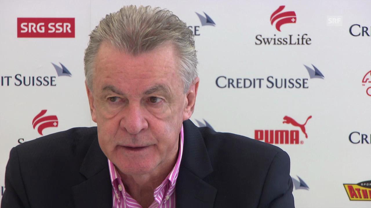 Hitzfeld: Lichtsteiner bleibt im Aufgebot