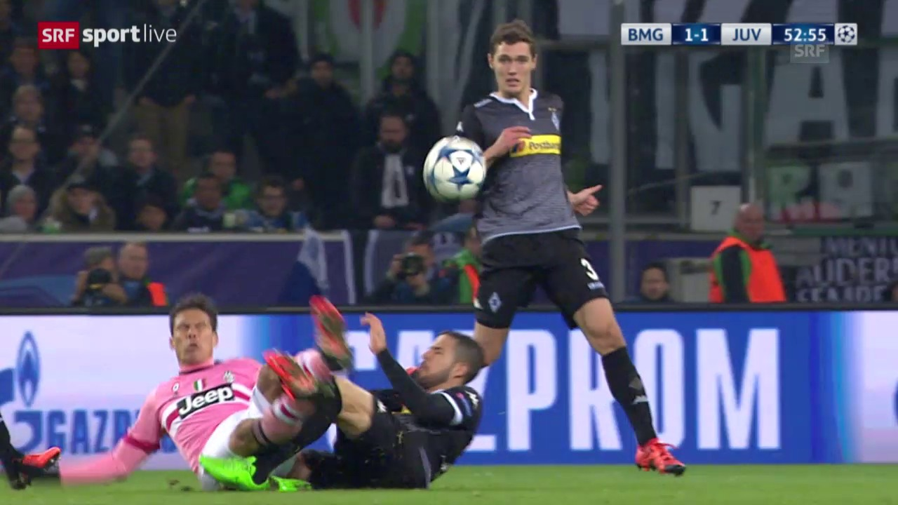 Fussball: CL, Gladbach - Juventus, Platzverweis Hernanes