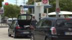 Video «Frankreich rationiert das Benzin» abspielen
