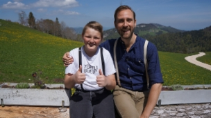 Video «Chrigeli trifft sein grosses Idol, den Musiker Kunz» abspielen