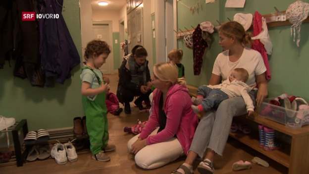 Video «Kürzere Praktika in Kinderkrippen» abspielen